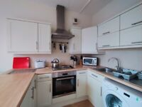 EARLSTON PLACE: 1 bed property at Meadowbank with views of Arthur Seat