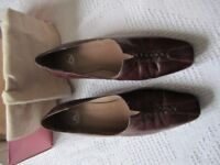 Kays ladies brown leather court shoes in new condition, heels 2 inches, UK Size 5 £20.