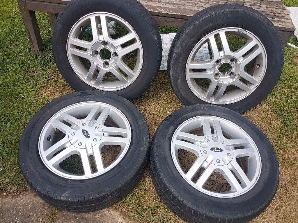 Ford focus Mk1 15 inch alloy wheels set 4x 108 Tyre size 195 60 R15