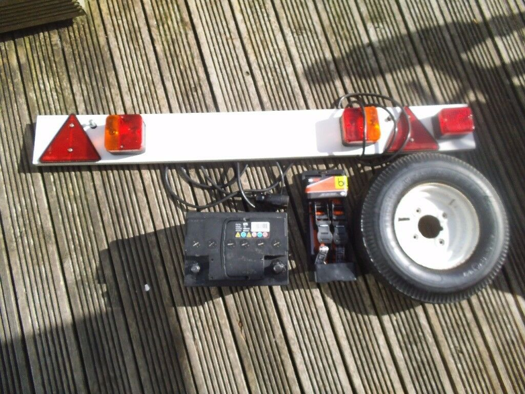 trailer - Car Trailer parts - 4ft board,wheel,car battery, rachet,chain Joblot spares