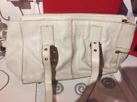 lovely tcm handbag white
