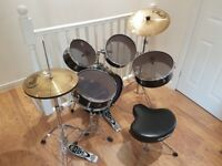 Pearl Rhythm Traveller Drum kit - w. muffle and standard skins