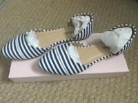 Justfab stripey flat shoes size 5