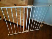 Metal stair gate
