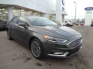 2017 FORD FUSION SE AWD/Nav/Toit/Cuir/Bluetooth/Demo