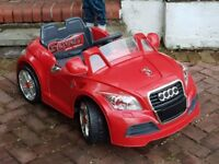KIDS RIDE ON AUDI LICENSED 12V CAR BRAND NEW BATTERY