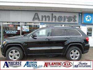 2013 Jeep Grand Cherokee LAREDO 4x4 SUNROOF LOW KM