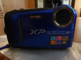 Waterproof camera XP120 nearly new