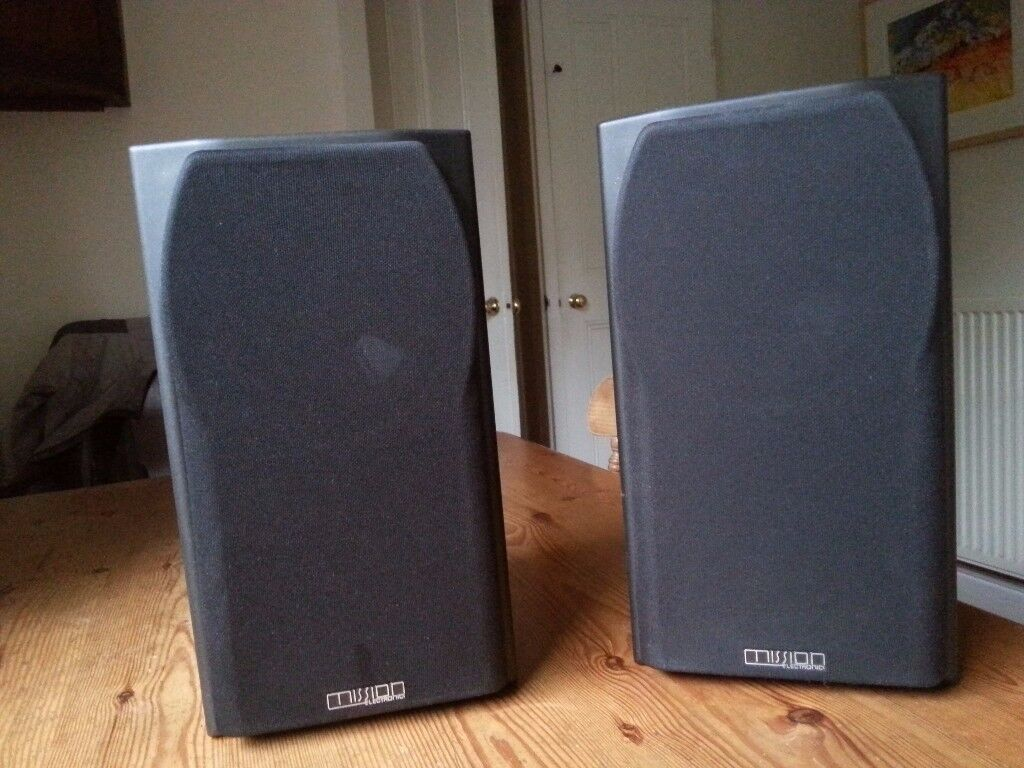 Hifi speakers, pair, black.