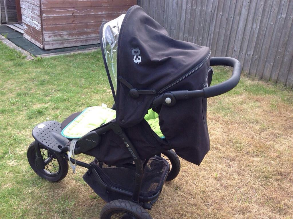 Mamas and papas Sport-3 Black with all accessories