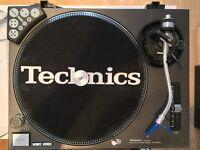 2 x Technics SL-1210MK2 MEGA PACKAGE* for dj's/clubs/bedroom dj's