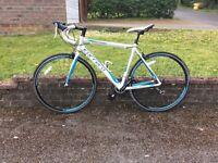 Men's medium road bike