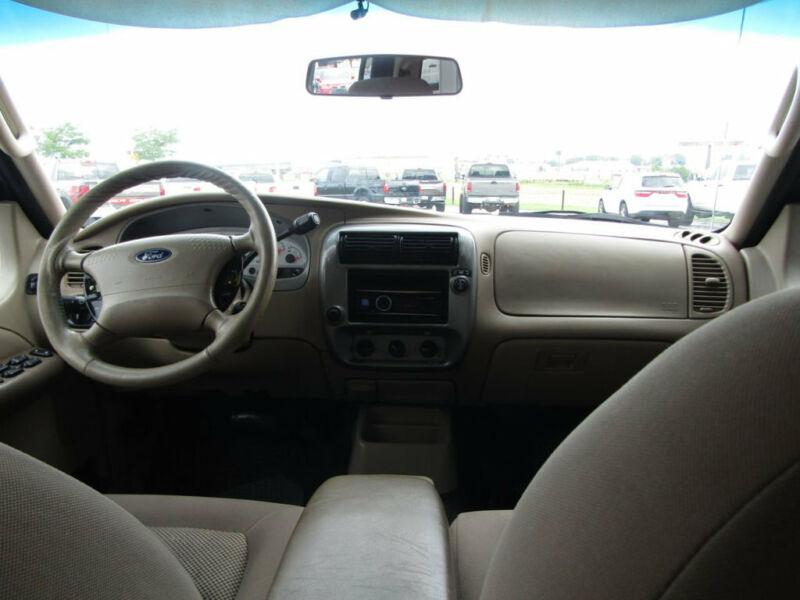Image 10 Voiture Américaine d'occasion Ford Explorer Sport Trac 2005