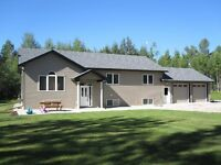 Private Acreage Close to Drayton Valley!