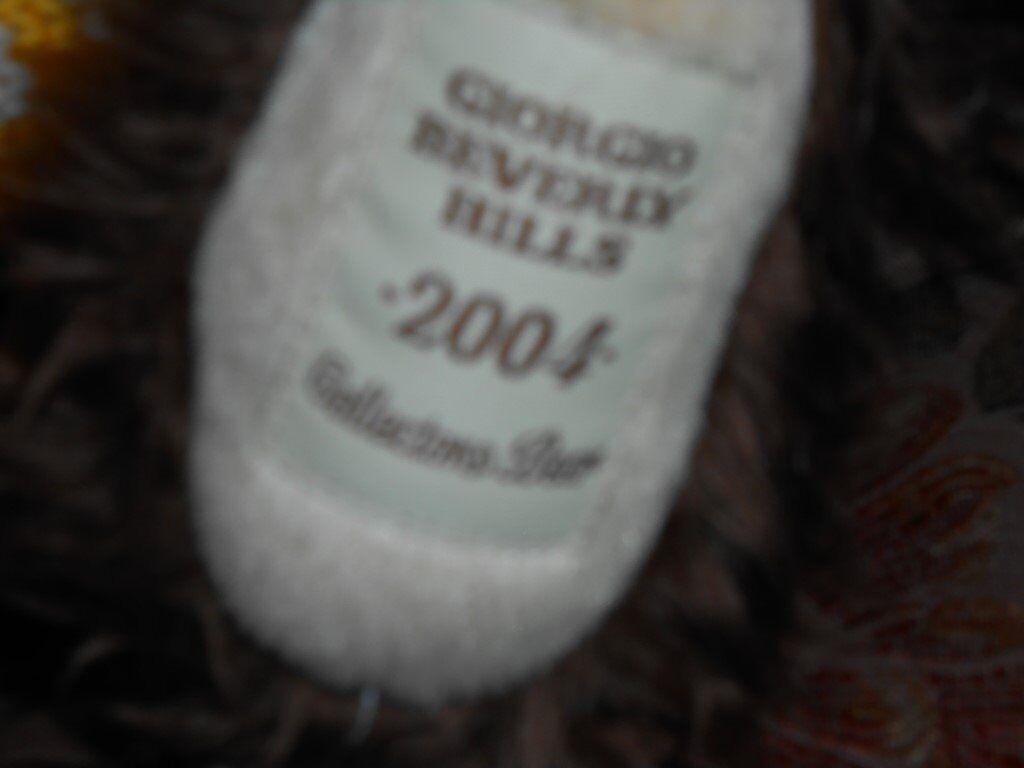 Giorgio Beverly Hills 2004 Bear Collectable.