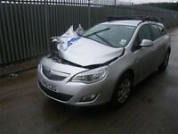 2011 Vauxhall Astra parts breaking