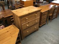SOLID PINE DOVETAILED CHEST OF DRAWERS (DELIVERY AVAILABLE)