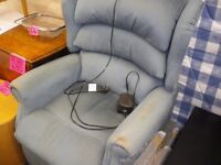 ELECTRIC RISER AND RECLINER CHAIR
