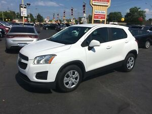 2014 CHEVROLET TRAX LS- AUTOSTICK, BLUETOOTH, POWER MIRRORS & WI