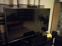 "LG 42LA620V 42"" HD 3D Smart TV (Built In Wi-Fi, 3D Glasses Included)"
