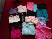 LADIES BUNDLE OF CLOTHES (SIZES 16/18s)