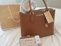 MICHAEL KORS bag with walet choklet colour new