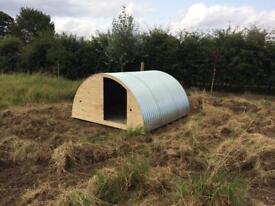 Galvanised corrugated roof sheets / pig arc ark