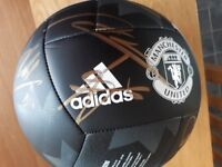 Manchester United signed autographed football - 2017/18 players