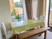 Great Ensuite double bed room; very close to city centre; Bills are all included