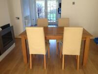 Next oak table and chairs (6)