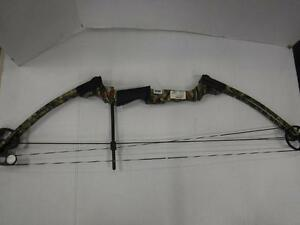 Genisis Compound Bow For Sale. We Sell Used Sporting Goods.108595