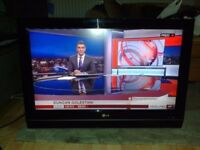 **LG**32LC56**32 INCH**HD TV**FREEVIEW**FULLY WORKING**COMES WITH POWER CABLE AND REMOTE**NO OFFERS*