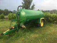 Slurry tank, tractor, farm,