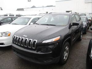 2014 Jeep Cherokee Sport  4X4  Cruise  PW  PL  PM