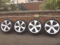 Range rover vouge 22 inch Kahn wheels