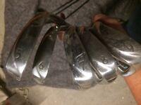 Left handed golf club set in bag