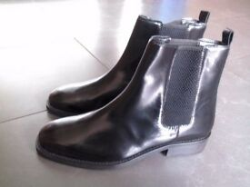 Brand New ASOS ankle shoes/ boots, size 7/ 40