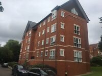 New Hawthorne Gardens, Park Ave, Mossley Hill - spacious 3 bed apt, en suite and secure parking inc