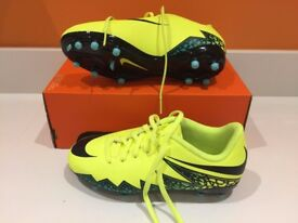 Brand new-Nike Hypervenom Phelon II FG football boots-Volt/Black/Turquoise/Clear Jade - Size 3 UK