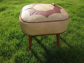 VINTAGE RETRO MID CENTURY ATOMIC PATCHWORK WOODEN LEG SHERBORNE TELE POUFFE FOOTSTOOL IN NEED OF TLC