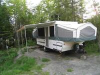 tente-roulotte avec extension Flagstaff 524 année 2006,  1089 kg