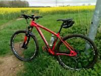Specialized 29er Mountain Bike Hardtail Rockhopper