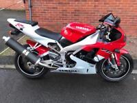 Yamaha R1 carb 4xv red white