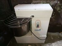 Pizza oven, Dough machine, Coffee machine and Ice machine for sale