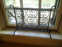 Fire Guard Black Wrought Iron with Mesh Filigri Design Lovely Piece