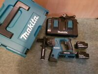 Makita 36v Twin 18v Rotary Hammer Drill LXT SDS Plus - 2 x 4.0ah