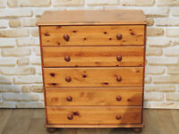 Wooden chest of drawers (Delivery)