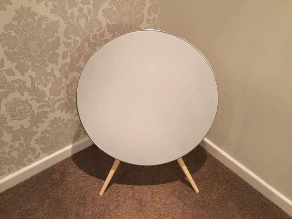 BANG AND OLUFSEN BEOPLAY A9 IN GREAT CONDITION ALL WORKING PLEASE CALL 07707119599