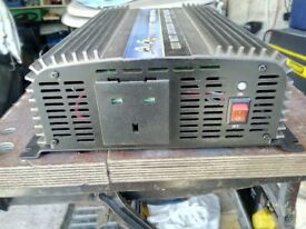 Inverter 12 volt to 240v 1000w
