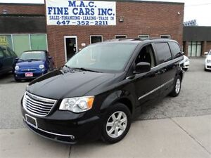 2012 Chrysler Town & Country NAVIGATION - DVD - SUNROOF